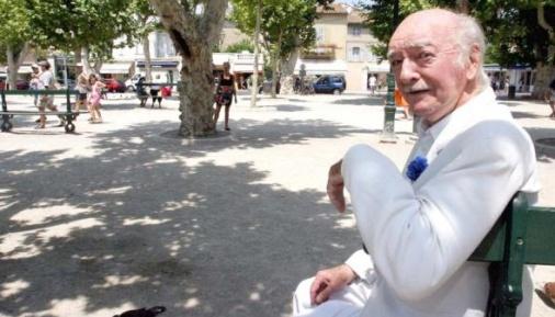 Eddy Barclay à St-Tropez sur ... la place des Lices