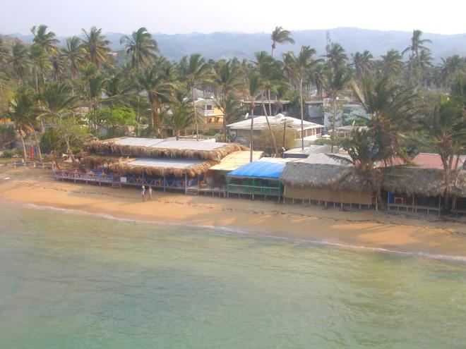 Vue d'helico, le Village des Pêcheurs en 2005.